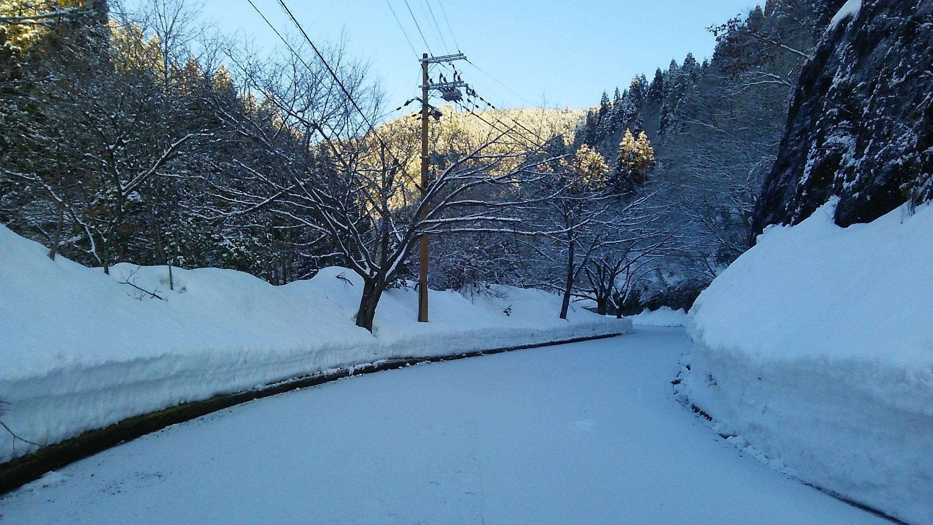 http://www.hirogawara.com/DSC_0963.JPG
